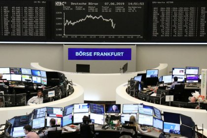 ECB's Draghi pulls European stocks back into black