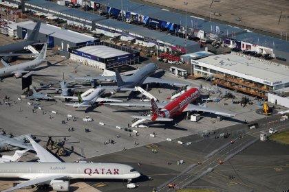 بوينج وإيرباص تقتنصان صفقات بقيمة 15 مليار دولار في معرض باريس