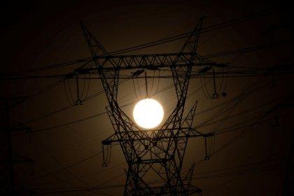 Elétricas trocam equipamento da GE na rede de transmissão em meio a risco de explosões