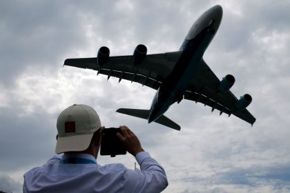 Inspections ordered on some A380s after wing cracks found