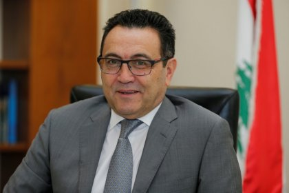 مسؤول كبير: صندوق النقد لم يوص لبنان بفك ربط عملته