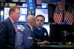 Wall Street gains as earnings season gathers steam