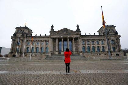 Germania, Zew: economic sentiment agosto crolla a -44,1 da -24,5 luglio
