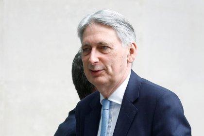 British parliament can block no deal Brexit, Hammond says