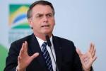 Bolsonaro diz que autoridades cometem abuso e promete decidir sobre projeto de forma serena