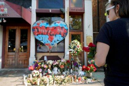 U.S. House panel to cut recess short to consider gun measures