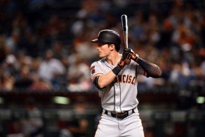 MLB roundup: Yaz belts three homers in Giants' 11-inning win