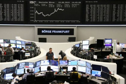 European stocks recover before Fed minutes, Jackson Hole gathering