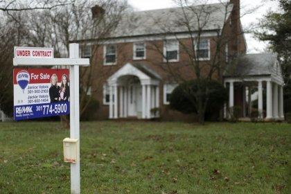 As U.S. watchdog retreats, mortgage firms reprise cozy marketing arrangements