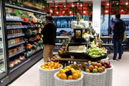 L'inflation sur un an revue en légère baisse à 1,0% en août