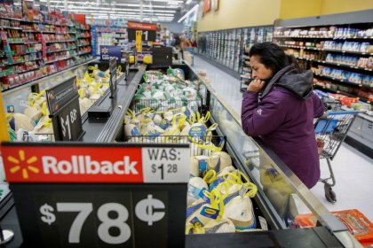 Walmart expands 'unlimited' grocery delivery as competition heats up