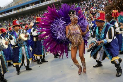Brazil's Carnival kicks off with political divisions front and centre