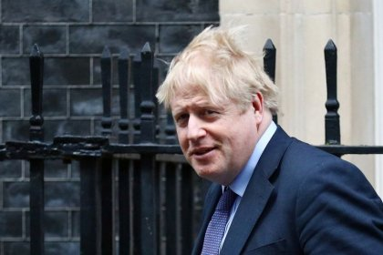 Johnson's Brexit team seeks to evade Irish Sea checks on goods - Sunday Times