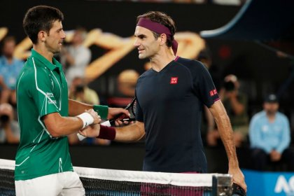 Djokovic surprised by Federer knee surgery news