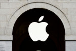 米アップル、iOSアプリ手数料減免を拒否=FB