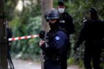 Attaque à Paris: Les deux suspects sont un Pakistanais et un Algérien, selon une source