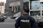 Attaque de Paris: cinq nouvelles gardes à vue, selon une source judiciaire