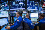 Wall Street finit la semaine dans le vert grâce aux technologiques
