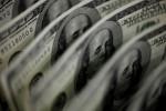 Dólar fecha em queda após superar R$5,77 com alívio sobre PEC Emergencial; BC volta a atuar