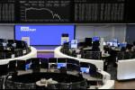 Ações europeias são pressionadas por títulos, mas registram ganhos semanais com cíclicas