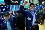 Dow Jones và S&P 500 leo dốc 4 tuần liên tiếp