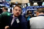 Saham Wall Street Bervariasi di Tengah Aksi Jual Saham Produsen CHIP