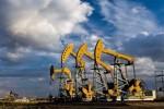 油轮遇袭令供应忧虑重燃,美油涨逾2%收复52关口