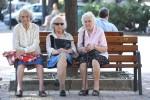 Pensioni:da 2018 1 anno in più per donne