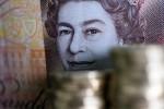 Pound Surges, Gilts Slide on Signals of Brexit Breakthrough