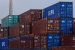 Japan's Exports Expand for 15th Month Despite Holidays in Asia