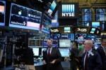 Στις εννέα ημέρες σταμάτησε το ανοδικό σερί της η Wall Street