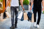 Consumenten besteden meer