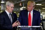 Ông Trump tiết lộ từng được CEO Apple tặng Mac Pro