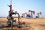 国际油价跌逾1%,需求端重要支撑根基松动,短期阵痛是否会长期化关键看一点