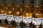 Bia Corona bị ngừng sản xuất vì virus Corona