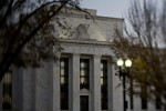 Fed's Longer Pause Opens Door for Asian Central Banks to Cut