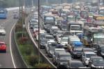 Gerbang Tol Karawang Barat Ditutup, Jakarta-Cikampek Macet Parah