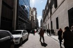 Argentines Pull Dollar Deposits From Banks Before Election