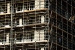 Bouwproductie eurozone licht omhoog