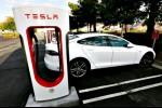 Tesla Tarik Kembali 14.123 Mobil Model S di China Karena...