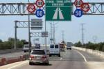 Lo ngại 'phí chồng phí' trên cao tốc Bắc - Nam: Bộ GTVT nói gì?