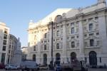 Borsa:Milano accelera e gira in positivo