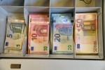 Tesoro vende 5,5 mld Btp, tasso sotto 2%