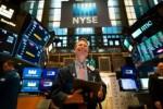 Vọt hơn 300 điểm, Dow Jones nối dài đà phục hồi từ tuần trước