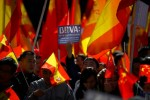 Des Chinois manifestent à Madrid contre le blocage de leurs comptes