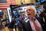 Vọt hơn 2%, Dow Jones lập kỷ lục mới và có tuần tăng mạnh nhất trong hơn 2 tháng