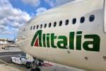 Biglietti Alitalia cancellati e non rimborsati, scatta un doppio procedimento dell'Antitrust