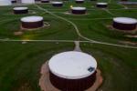 美油上涨逾2%,因飓风致美国沿海油企部分停产,但多头仍面临两大牵制