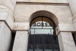 Borsa: Milano apre a +0,24%