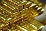 Vàng sụt giá, USD tự do nhích lên